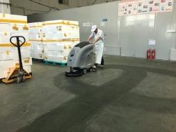 优尼斯洗地机与味全美食品携手共创新环境