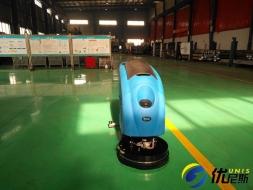 洗地机和人工清洁哪个更省?