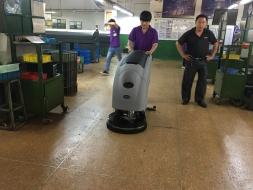 清洁行业十大品牌之优尼斯洗地机