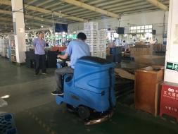 洗地机和扫地机如何合理应用于工厂地面清洁