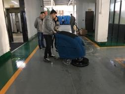 购买洗地机配件一定要挑选原厂配置