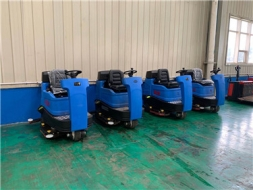 无锡江阴驾驶式洗地机的六大特点