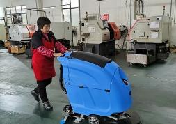手推式洗地机运用在哪些工业行业及效益