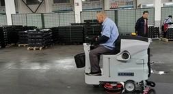 全自动洗地机使用方法及使用注意点