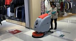 商场洗地机选用的款式及清洁优势