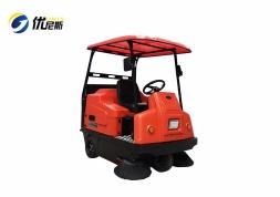 优尼斯扫地机/车UNS1380|驾驶式扫地车